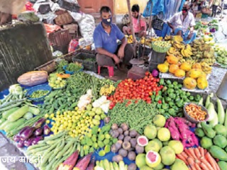 Retail inflation down to 4.6 percent in December